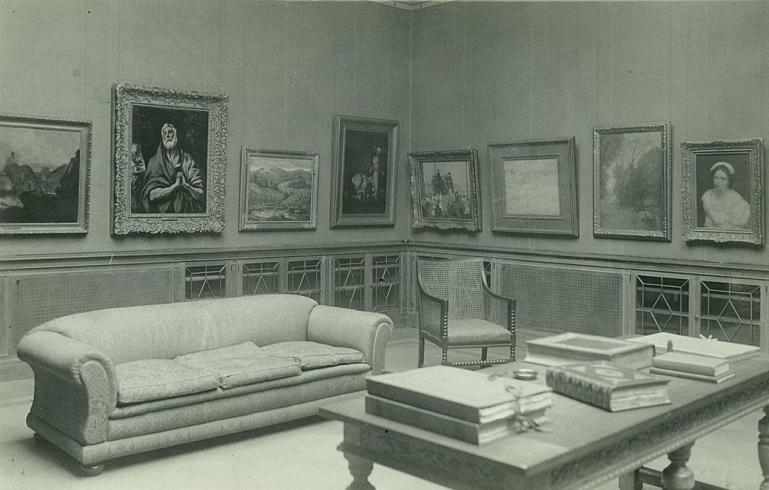 Photograph of Main Gallery 1923