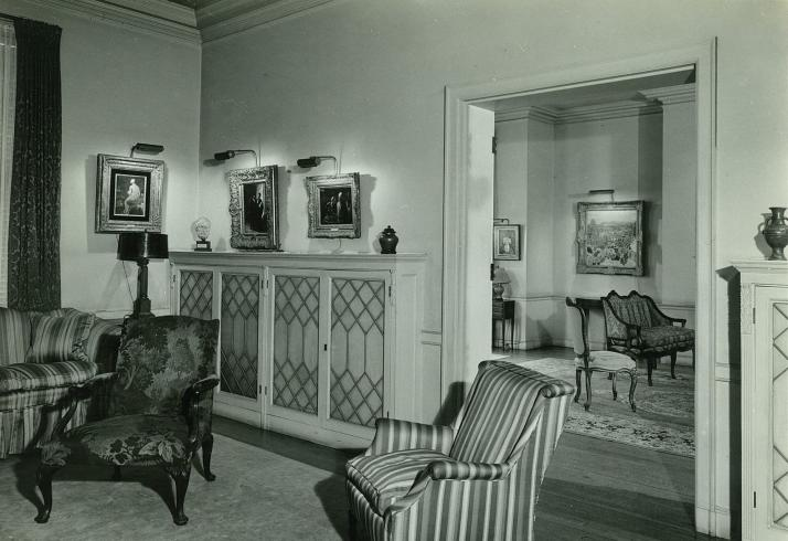 House galleries (formerly the east and west parlors), 1950–51, featuring works by Jean-Auguste-Dominique Ingres, Honoré Daumier, and Pierre Bonnard